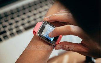 Đồng hồ thông minh được sử dụng ngày một phổ biến