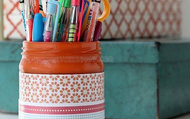 Phụ kiện trang trí bàn làm việc với ống đựng bút handmade