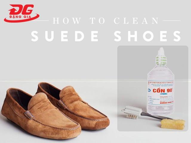 Sử dụng cồn để đánh giày da lộn