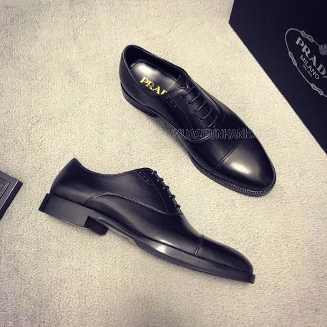 Giày da cao cấp từ thương hiệu Prada