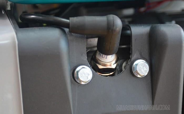 Kiểm tra bugi nếu máy phát điện không nổ