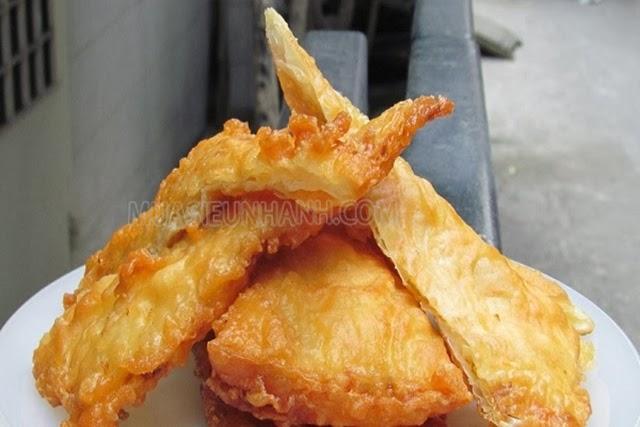 Bánh rán sầu riêng là món ăn thích hợp cho mùa lạnh